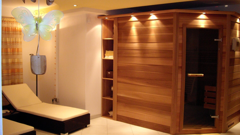 sauna scheimer a wellness studio ebikes. Black Bedroom Furniture Sets. Home Design Ideas